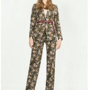Zara Floral 2 Piece Blazer Pant Suit